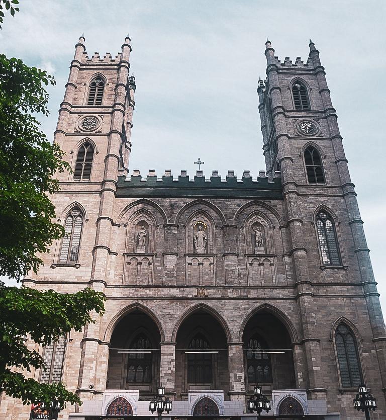 Basilique Notre-Dame - PVT Canada : Arrivée et installation à Montréal - Blog Voyage Ma Folie Vagabonde