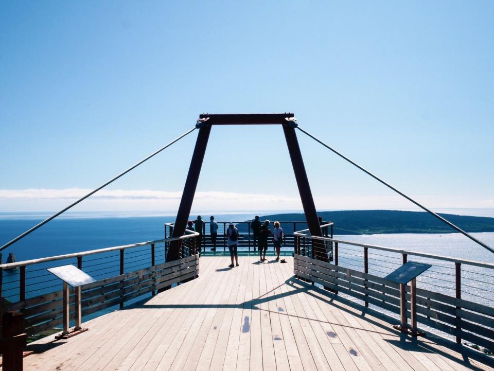 Plateforme vitrée de Percé - Roadtrip au Québec, Canada - Blog Voyage Ma Folie Vagabonde