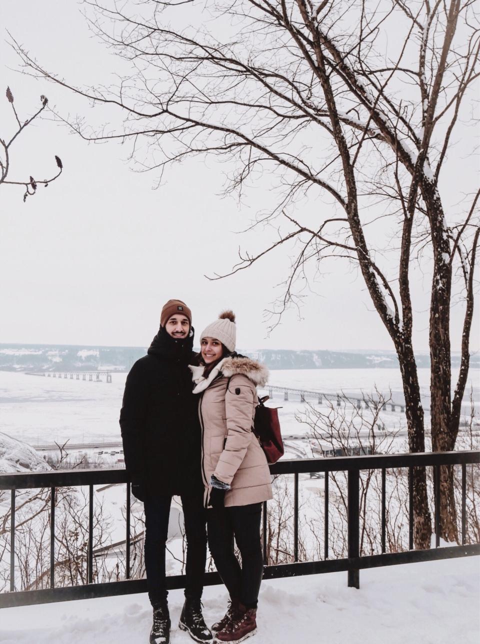 Chutes Montmorency sous la neige - L'Hiver à Montréal, Canada - Blog Voyage Ma Folie Vagabonde