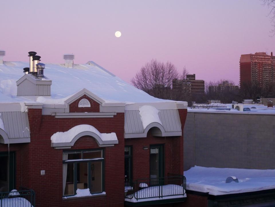 Pleine lune à Montréal - Hiver à Montréal, Canada - Blog Voyage Ma Folie Vagabonde