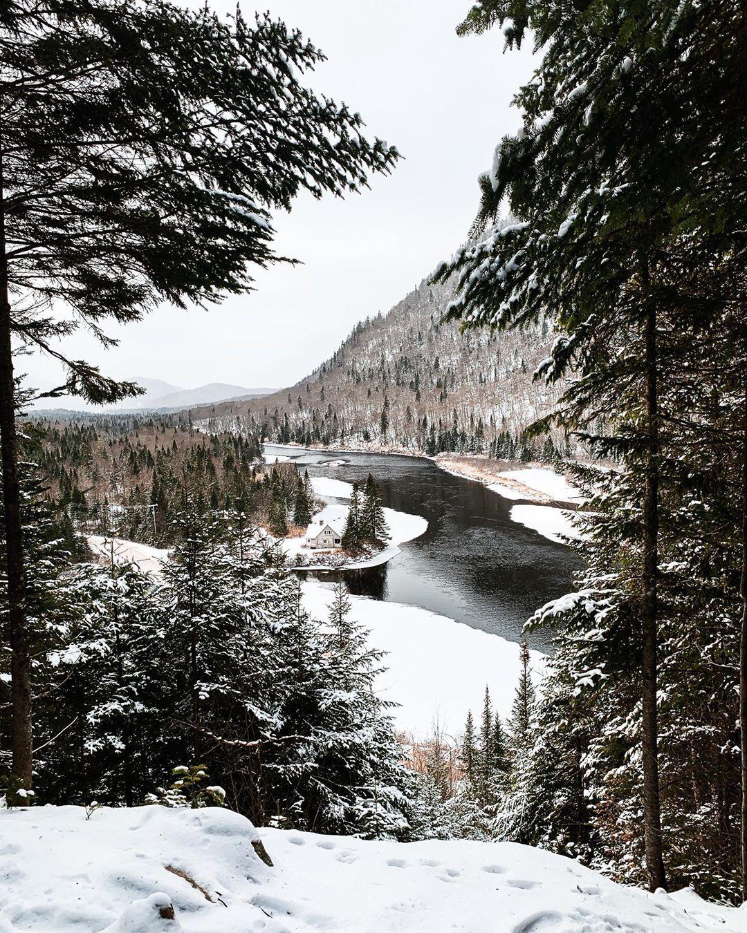 Parc national de la Jacques-Cartier en hiver - Incontournables de Québec été et hiver - Blog Voyage Ma Folie Vagabonde
